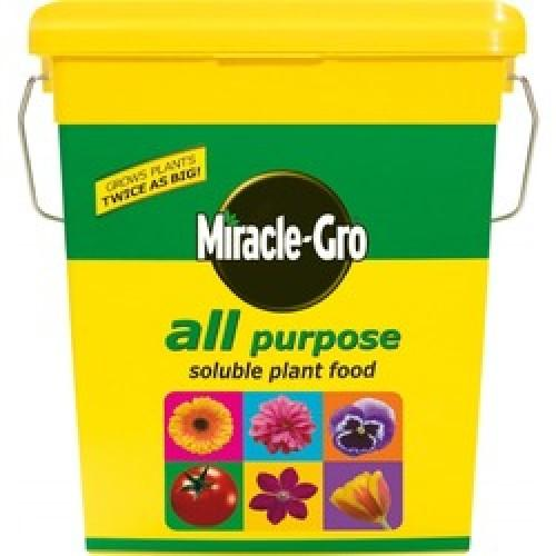 PLANT FOOD 2KG MIRACLE GRO